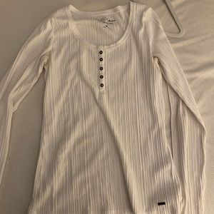White Hollister Simple Top